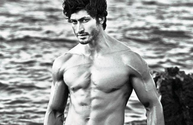 [Jornais exercício físico] porque não acender: segredos de fitness de Vidyut Jamwal Beefy válida